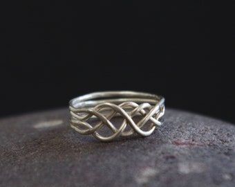 Celtic Puzzle Ring Size 7.5