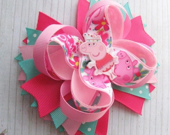 Peppa Pig hair bow Peppa pig birthday bow Peppa pig birthday shirt Peppa pig party favors for kids Peppa pig dress Peppa pig outfit