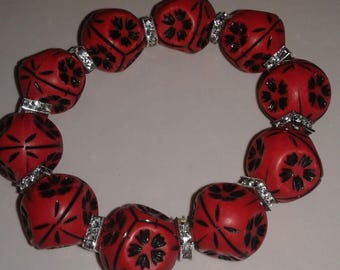 Red and black chunky bead bracelet
