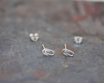 Paper clip stud earrings
