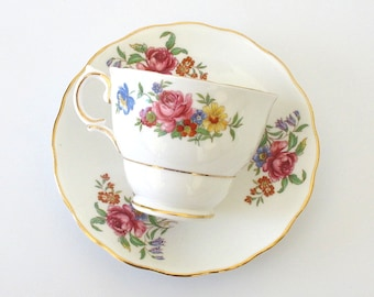 SALE! Vintage Colclough Cottage Garden Bouquet Tea Cup & Saucer. Pink Roses. Yellow Daisies. Blue Forget-Me-Nots. Red and Orange Dahlias [3]
