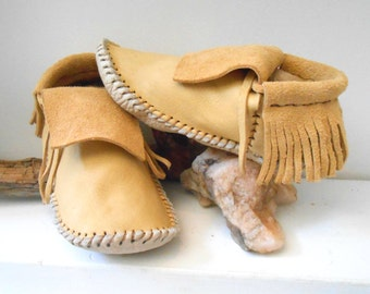 Short Moccasins With Fringe, Elk Hide Plains Style Mocs, Custom Handmade to Order, Hand Sewn, Powwow, Earthing Shoes, Natural Buffalo Sole