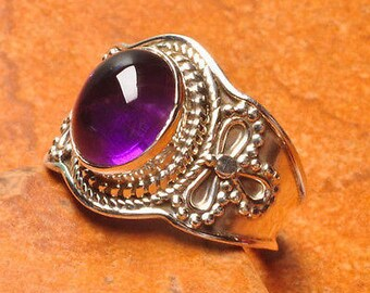 Beautiful Natural Amethyst Gemstone 925 Sterling Silver Ring Sz 8
