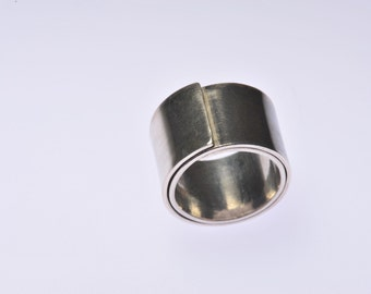Silver tension ring