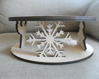 Christmas Cake Stand    Birch Wood    Perfect for Weddings and Special Occasions