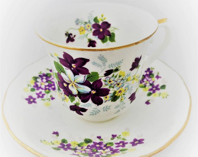 Cup and saucer Royal Osborne-Fiana English porcelain