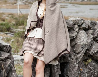 Celtic Cape, Tweed Cape, Hooded Cape, Viking Cape, Celtic Cape, Druid Cape, Wool, Vintage Look, Folk, Pagan cape with pocket, broach