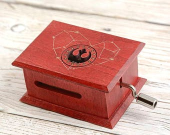 Star Wars soundtrack cover  music box - The Force Theme - red heart stars