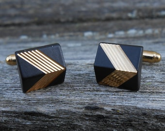 Vintage Black and Gold Chevron Cuff Links. 1980s. Excellent Condition. Gift Men Dads, Grads, Grooms, Groomsmen, Husbands, Brothers, Bosses