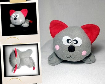 Plush red and gray kitten APLUCHES