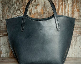 Grey leather tote bag with elbow straps & key fob attachment
