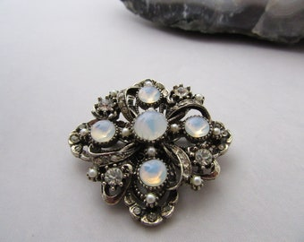 Vintage Signed ART Moon Stone and Pearl Maltese Cross Brooch