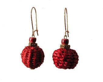 Cranberry Iraca Fiber Earrings - Cranberry Boho Earrings - Cranberry Woven Earrings