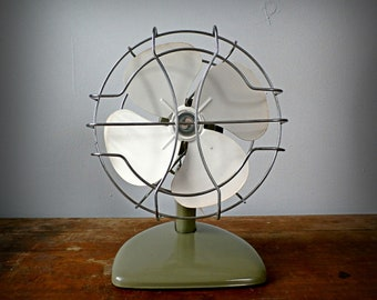 "Vintage Superior Green Metal Table Top Fan 11.5"", Industrial Decor"