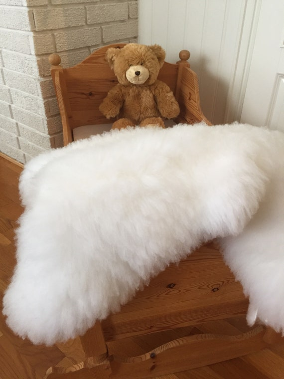 Washable baby rug from lambskin sheepskin rug for infant nursery wool baby mat shearling