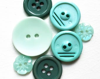 eco friendly mint seafoam teal green buttons--mixed lot of 7