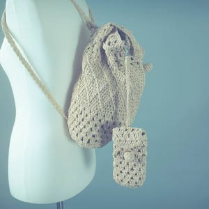 Vintage Straw Backpack with Phone Case