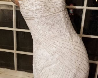 FREE  SHIPPING   Designer  Couture  Beaded  Gown