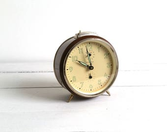 Vintage alarm clock brown 'Kienzle'