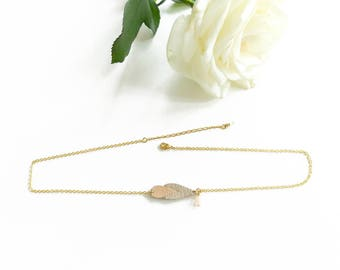 Leather drop shaped necklace Nude Kalypso / Graphic necklace