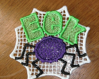 Embroidered Magnet - Halloween - EEK & Spider - White Back