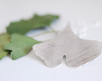 Ginkgo necklace. Sterling silver pendant with Ginkgo Biloba leaf. Ginkgo pendant, ginkgo biloba necklace, ginkgo leaf, nature pendant.