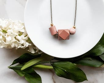 Isla Necklace |  Geometric trio  |  Pale rose trio