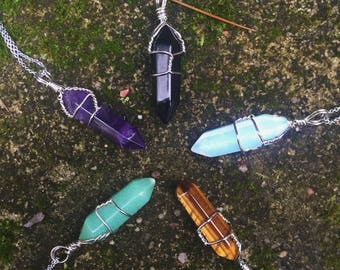 Crystal Healing Stone Pointer Necklace (Amethyst, Onyx, Opal, Tiger Eye, Jade)