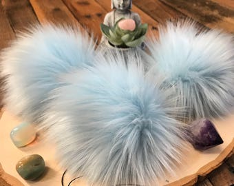 Faux fur pom pom in Glacier