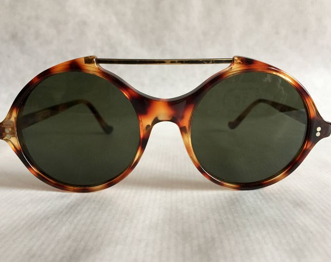 Gianni Versace 491 Col 950 Vintage Sunglasses New Old Stock with Original Versace Sleeve