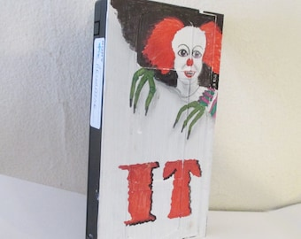 retro IT movie painting - art on recycled Vhs Tape,Stephen King, Pennywise clown wall art, horror room decor, movie lovers gift,