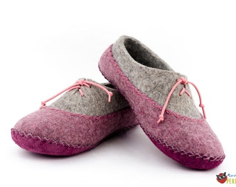"Wool felted slippers house gray-purple ""Northern Aurora"" moccasin"