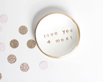 Personalized Ring Dish / Mother's Day Gift / Personalized Gift  / Gift for Mom / BFF Gift / Bridesmaids Gifts / Jewelry Dish / Ring Holder