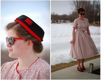 Page Hat / Vintage 1950s Pillbox Hat / LeShaw New York / Size 22 1/2