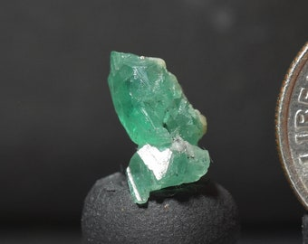 Columbian Emerald Green Crystal Facet Rough Gem Quality