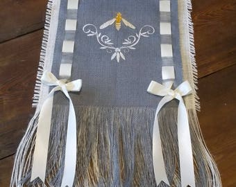 Bumble Bee Stacked Burlap Runner with Satin Ribbon