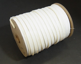 """White Koram Leatherette Cord Piping 5/16"""" (5 yds) 2095XUKOR"""