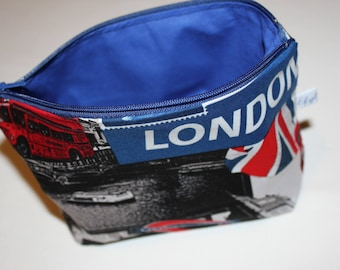 Fully lined London vanity case