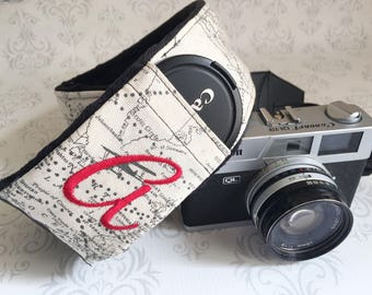 Personalized DSLR Camera Strap, Extra Long, Lens Cap Pockets, Nikon, Canon, DSLR Photography, Photographer - Maps with Black Minky & Red
