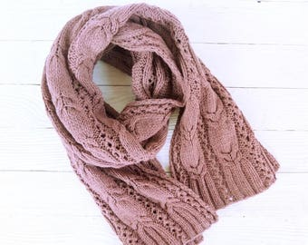 Knitted scarf merino