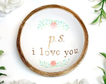 Personalized Ring Dish / Valentine Gift / Engagement Ring Dish / Gifts for Her / Bridesmaids Gift / Personalized Jewelry Dish / Gift for Mom
