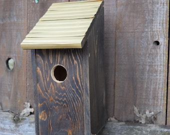 Decorative Bluebird Birdhouse with Bronze roof. (32)