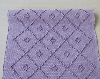 Small handwoven rug, diamond pattern, violet color, portuguese rug, cotton rug, bathroom rug, bath mat, rug with knots.