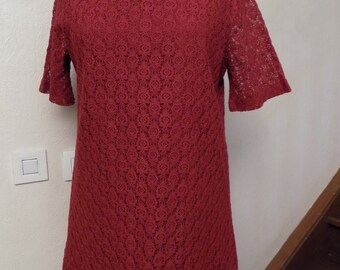 Red lace long tunic tee shirt