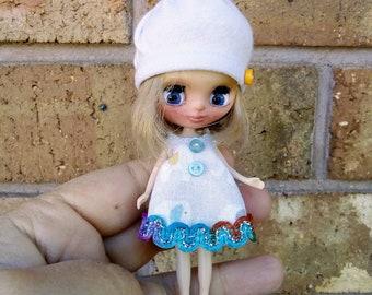 Handmade Petite Blythe doll clothing set dress and beanie hat