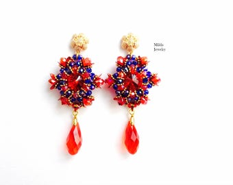 Handmade red blue earrings in glass beads, beaded earrings for her, women, beadwork, beadweaving, earrings studs, glass beads, crystal