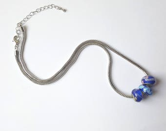 Blue donuts necklace