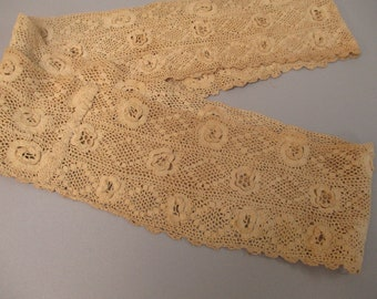 Antique Victorian Irish Crochet Lace Flounce