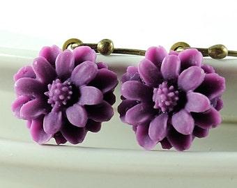 Purple Daisy Flower Earrings, Floral Jewelry, Dainty Cute Romantic Small, Drop Dangle Earrings, Gift for Gardener Nature Lover