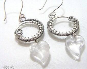Boucles d'oreille Poëtry - wire wrapping et coeurs en quartz